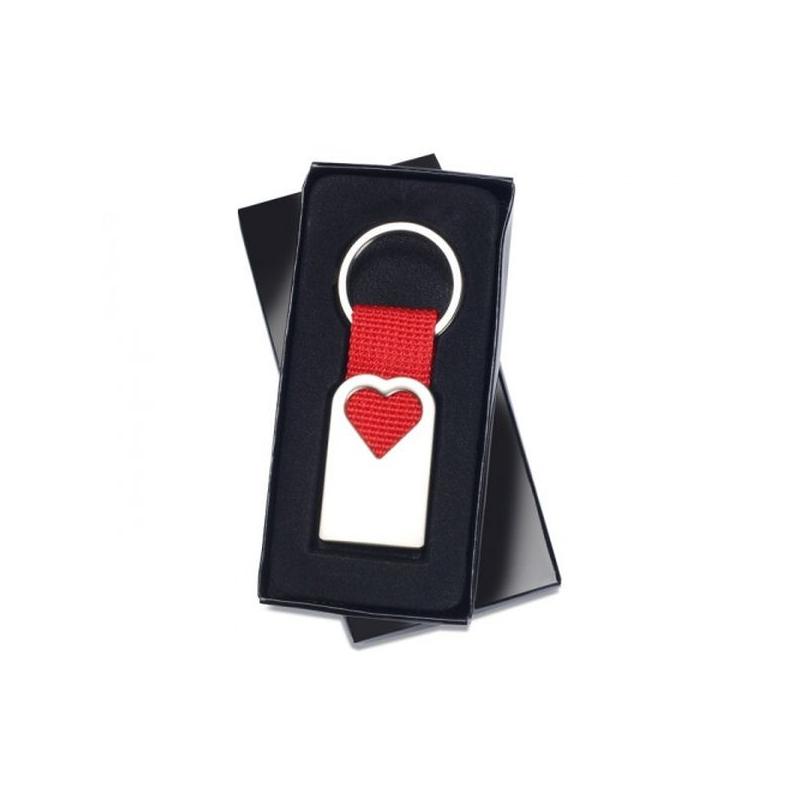... Darčekové balenie kľúčenky v tvare srdca 7fc91eb0fba
