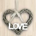 Závesné srdiečko s nápisom LOVE