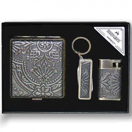 Ploskačka, zapaľovač, pero a prívesok na kľúče