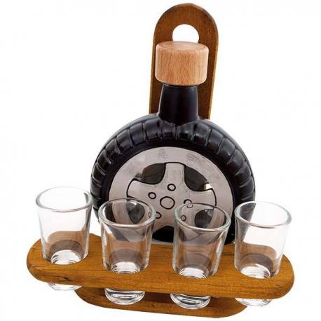 Fľaša v tvare pneumatiky s pohárikmi