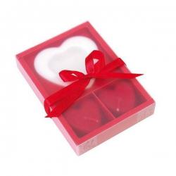 Zamilovaný balíček so sviečkami