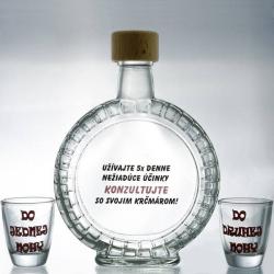 Fľaša s pohárikmi do jednej aj druhej nohy