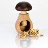 Hríbik - drevený luskáčik na orechy