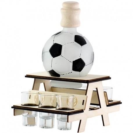 Lavička pre futbalistov s fľašou a pohárikmi