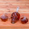Darček pre tvrdých chlapov -  fľaša lebka s pohárikmi