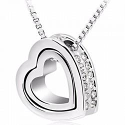 Štrasový náhrdelník so srdiečkami