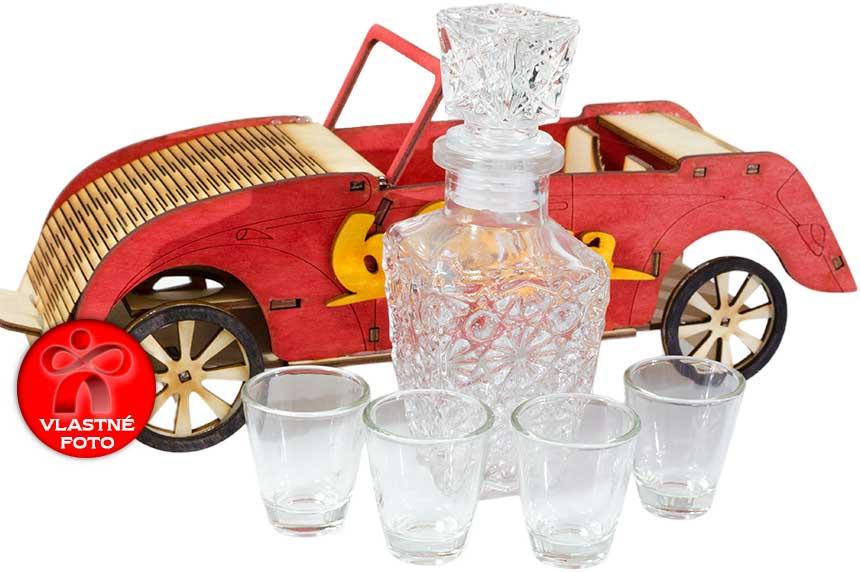 Detail na auto 60 s fľašou a pohárikmi