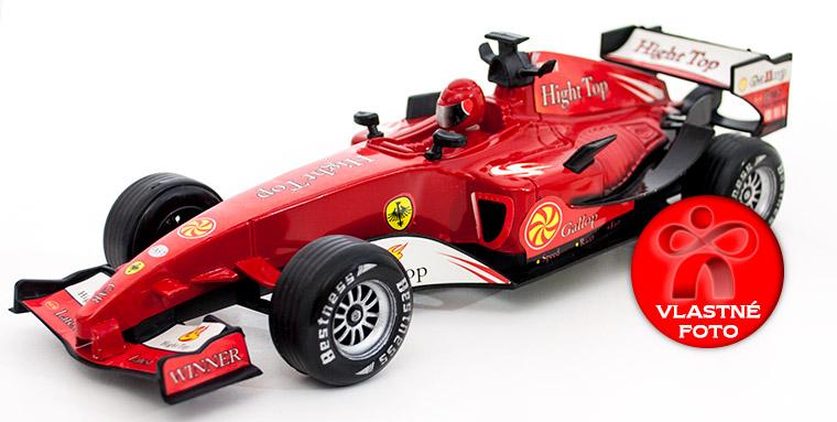 Formula F1 z bočnej strany