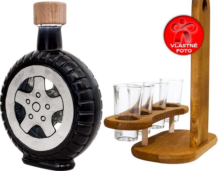 Detail fľaše pneumatiky a dreveného stojana