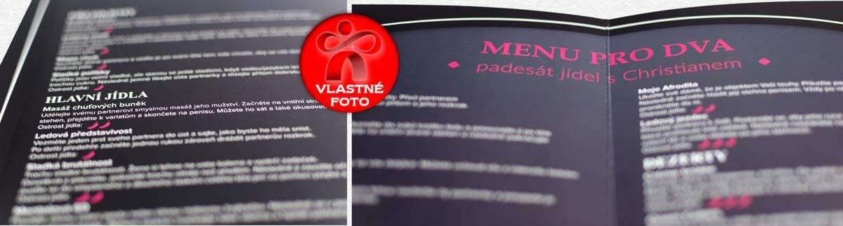 Detail vnútorných strán hry menu pre dvoch