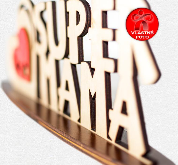 Detail nápisu Super mama